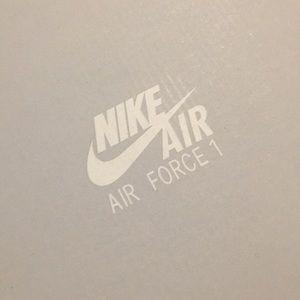 Nike Air Force 1 box holder